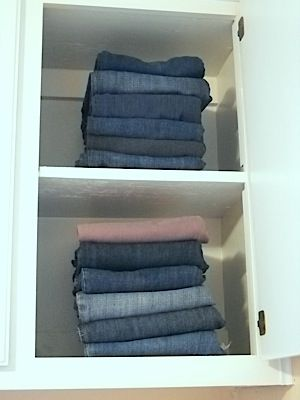 How to fold your denim - this will keep your closet neat and save space! #laundry #spacesaver