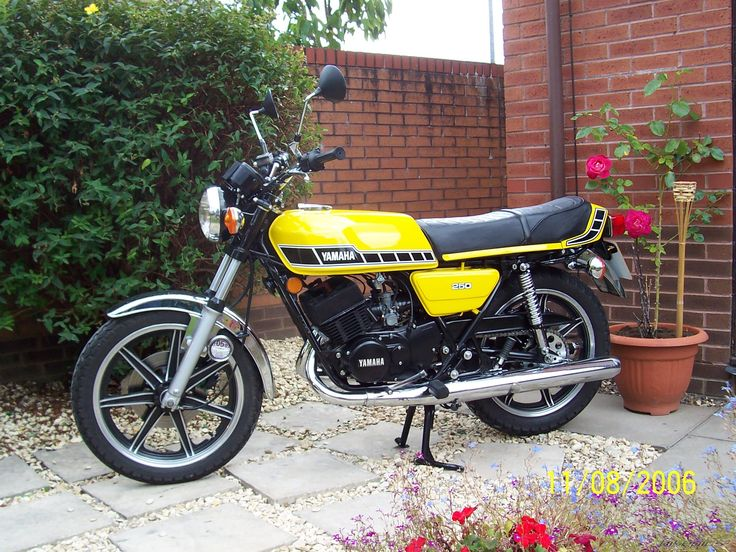 7. Yamaha RD250. Lethal rocket ship, you could buy and ride this bike with no experience on L plates, and it did over 100. I think this bike was a major reason for CBT and 125 limit for learners.