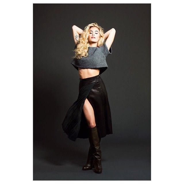 DJ Chelsea Leyland wearing Chrissie Morris Kelly boots #chrissiemorrisshoes #chrissiemorris #jewelsforthefeet