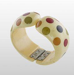 129 best Bakelite Jewelry images on Pinterest Vintage jewelry