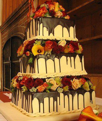 Wedding cake idea - Repinned by Toblers Flowers #KansasCityFlorist #KansasCityWedding