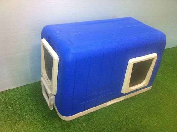 Heated Cat Pod/2 doors Outdoor Cat House/ Heated by stabob on Etsy, $189.00