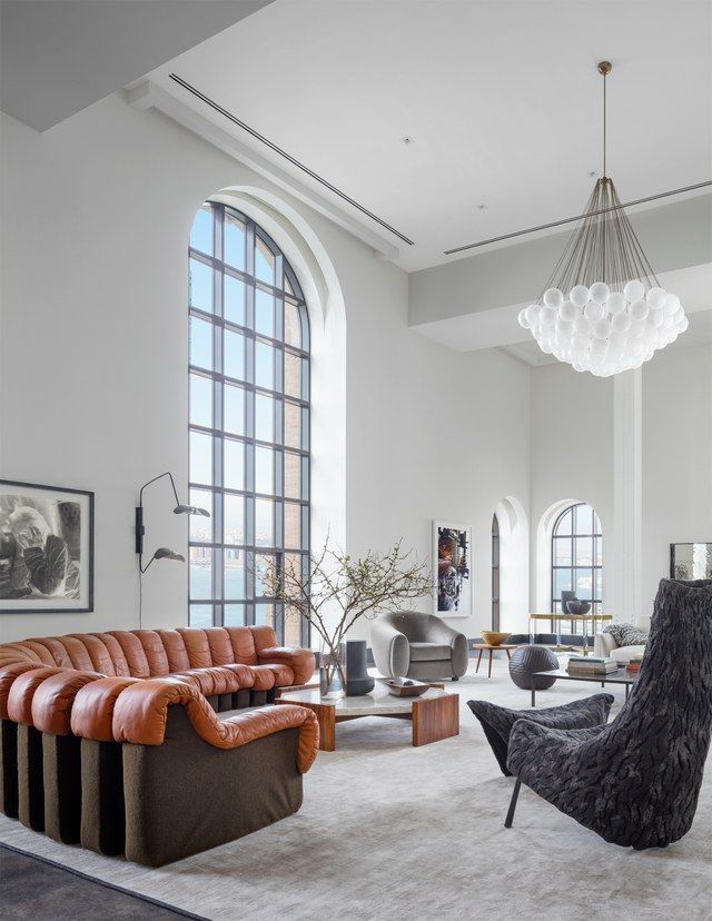This Penthouse Contains New York City S Largest Living Room With