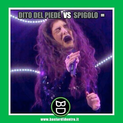 Dito del #piede VS Spigolo = ...  Seguici su youtube/bastardidentro #bastardidentro #urlo www.bastardidentro.it