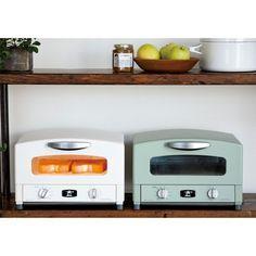あのアラジンから通常では暖房にしか使用しない特殊ヒーターを搭載したトースターが新登場。ポップアップ式並みの美味なトーストが楽しめます。
