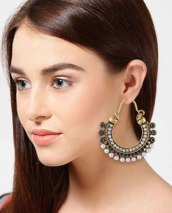 Buy Multi Enamel Hoops & Baali @ Rs.799. Made of copper, these balis are durable and lightweight. Beautifully embellished with Austrian diamonds, these earrings are perfect to be worn on social gatherings.