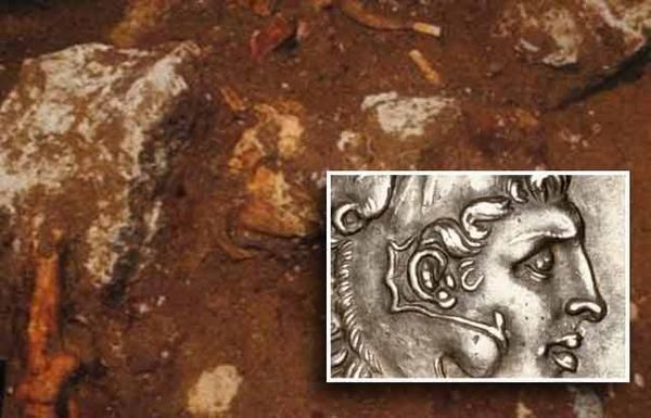 Alexander the Great Coins Found in Amphipolis Tomb