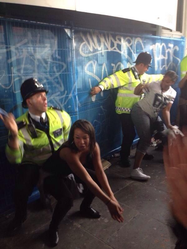 British police at Notting Hill Carnival! - Imgur