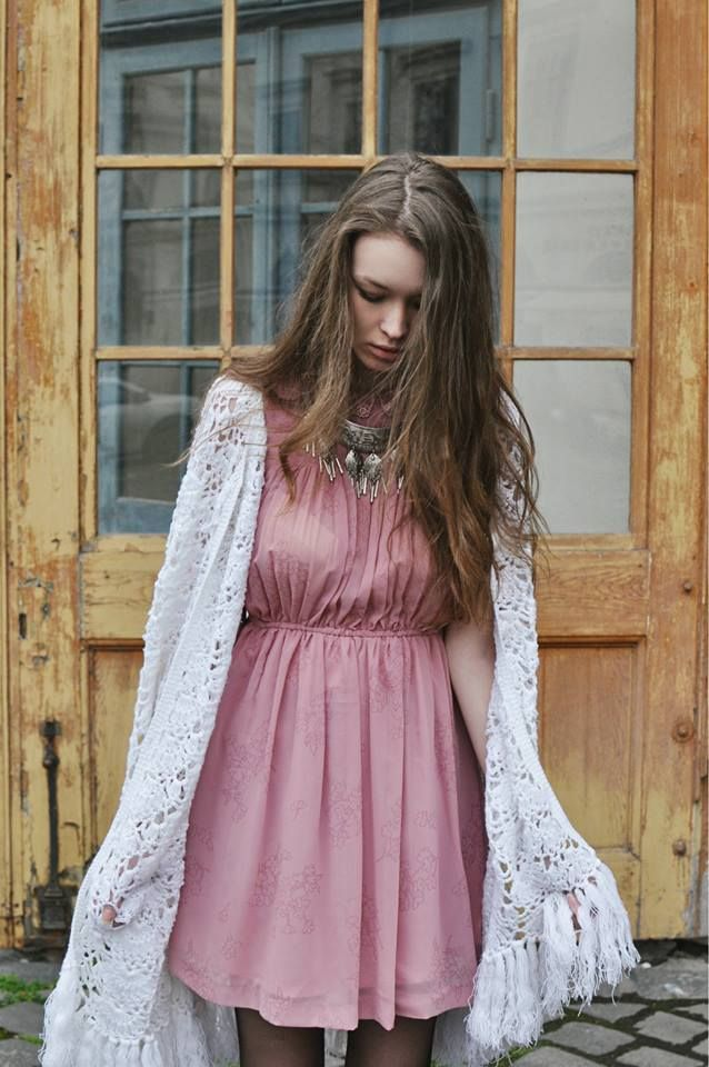 #spring #shooting #vintage #dress #model