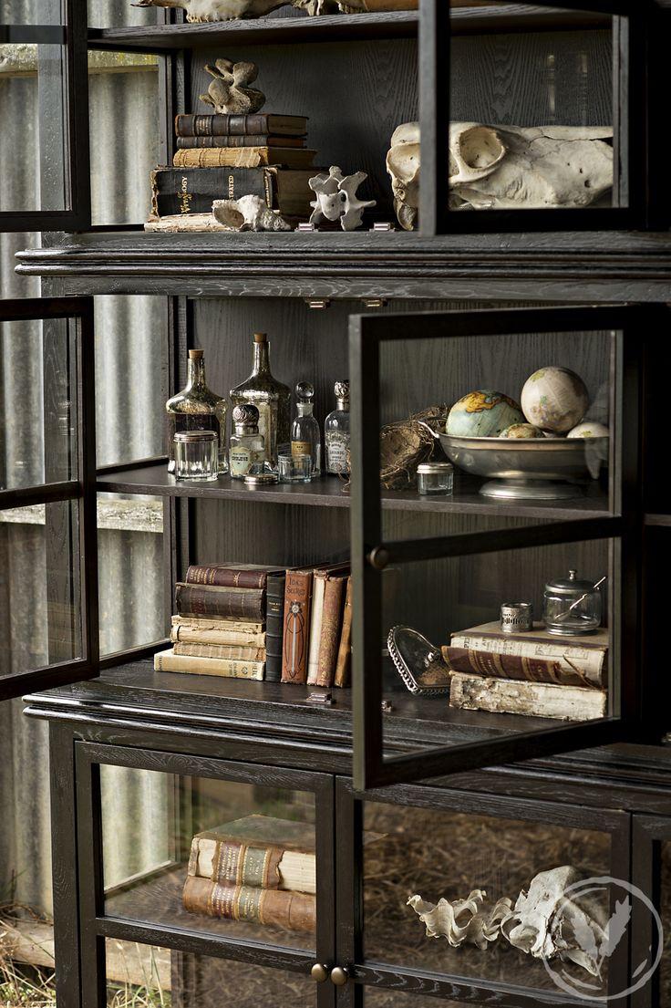 Kingston Black Oak 3 Panel Cabinet http://www.frenchcountry.co.nz/