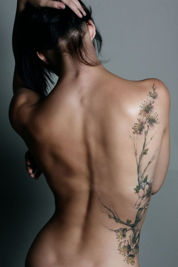 Sexy Side Tattoo Design with Tree Tattoo Style