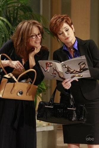 "My favorite ""couple"", Alexis Davis and Diane Miller (Nancy Lee Grahn and Carolyn Hennesy)."
