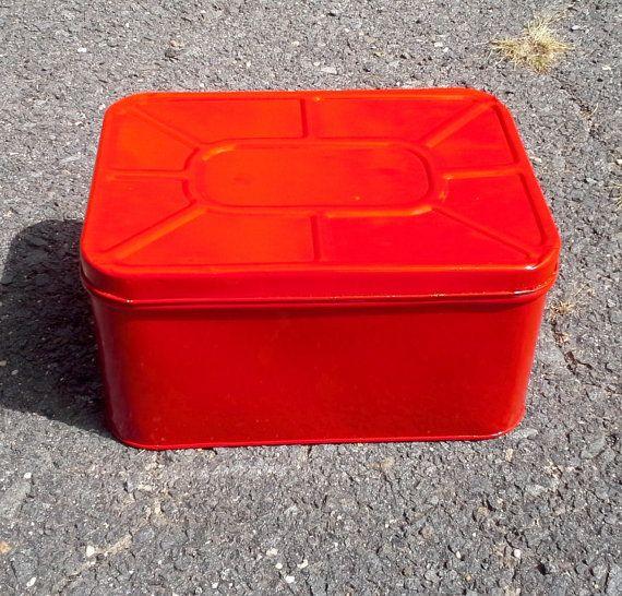 Large Vintage Red Metal Bread Box Metal Box Large by Lalecreations
