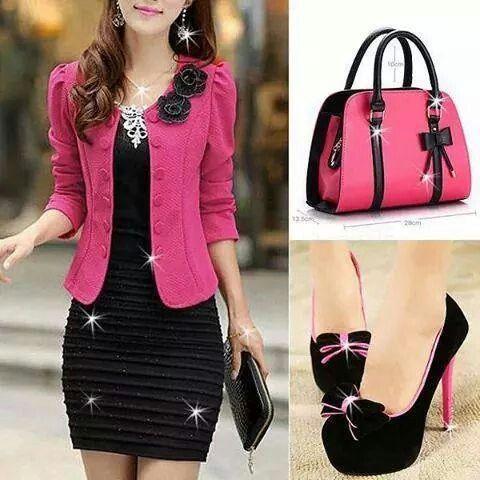 Vestido negro blazer rosa