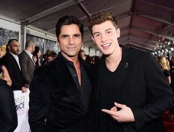 shawn mendes and uncle jessie everyoneyassssss