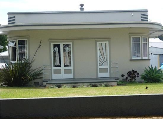 Art Deco House Example