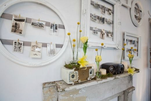 photo display-vintage style LOVE it....can change them up easily.