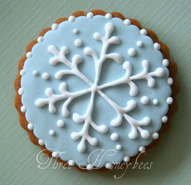 Beautiful snowflake cookie.