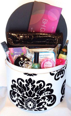 14 best Make up gift basket images on Pinterest | Diy makeup gift ...