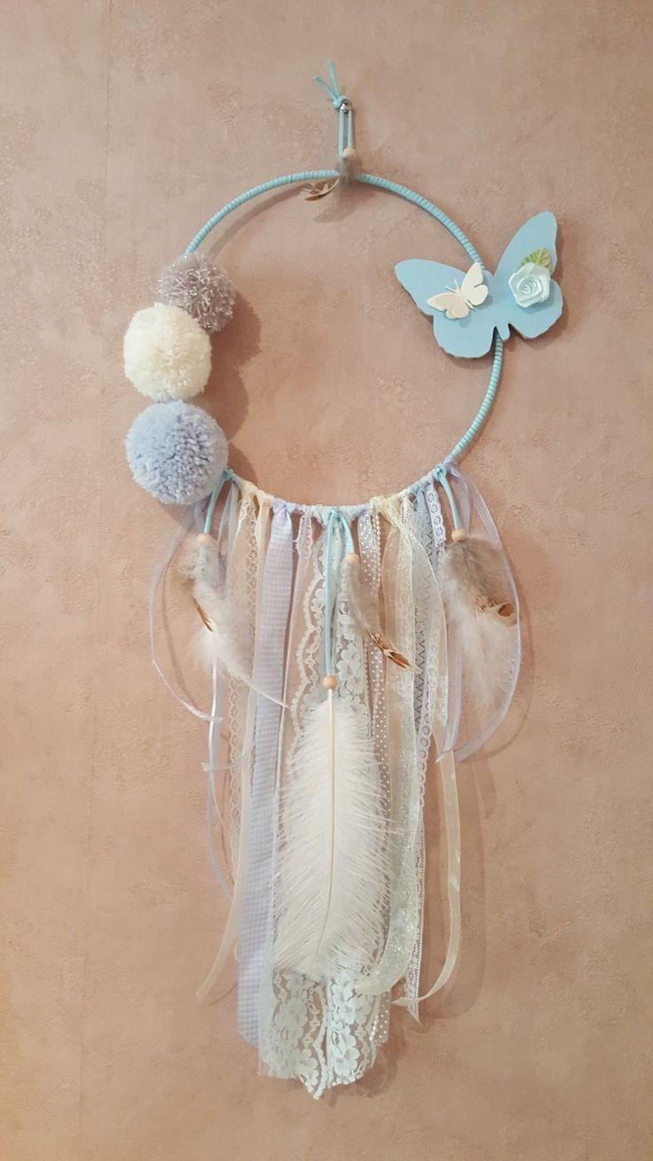 Attrape rève avec ponpon ruban plume cordon suedine papillon . 75 cm de hauteur  cercle 24 cm a vendre sur etsy.com boutique Dreamange 28 e