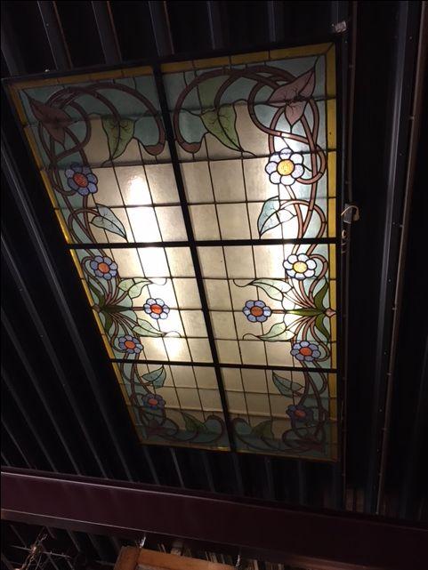 Glas in lood plafond origineel oud (120x190 cm)   Stained glass Ceiling   Plafondverlichting   Plafonddecoratie   Horeca Interieurbouw   Irish Pub   Engelse pub   Sijf & Dax van Zuilen   Oudewater