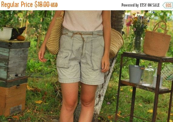 SALE Beige Outdoor Shorts with Pockets VINTAGE 70s