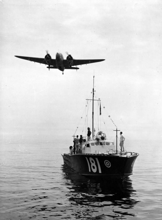 Anniversary of SARFAnniversary of SARF A lockheed Hudson III air-sea rescue aircraft of 520 Squadron flies over High Speed Launch HSL181 of 71 Air/Sea Rescue Marine craft Unit while returning to Gibraltar fllowing a search in the Mediterranean on 2 April 1945. 06 February 2011