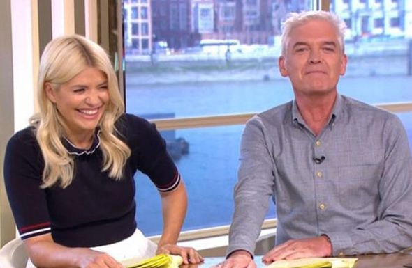 Phillip Schofield in pain as he suffers embarrassing PENIS injury live on This Morning - https://buzznews.co.uk/phillip-schofield-in-pain-as-he-suffers-embarrassing-penis-injury-live-on-this-morning -