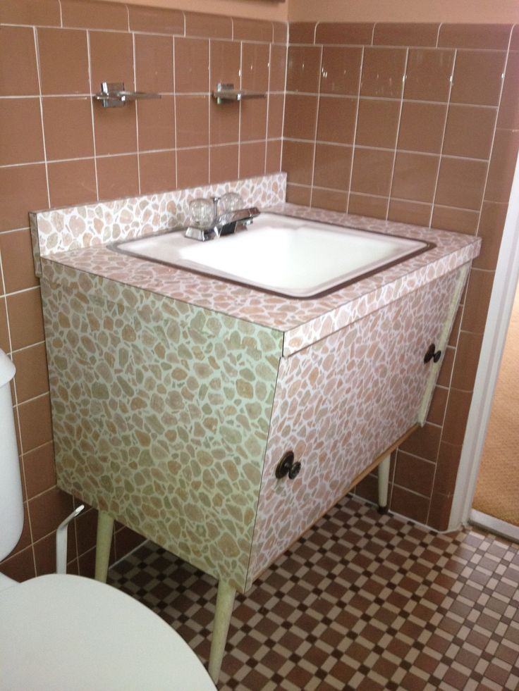 1960 Formica vanity  Lynn from St  Louis. 235 best Retro Bathroom Ideas images on Pinterest   Retro