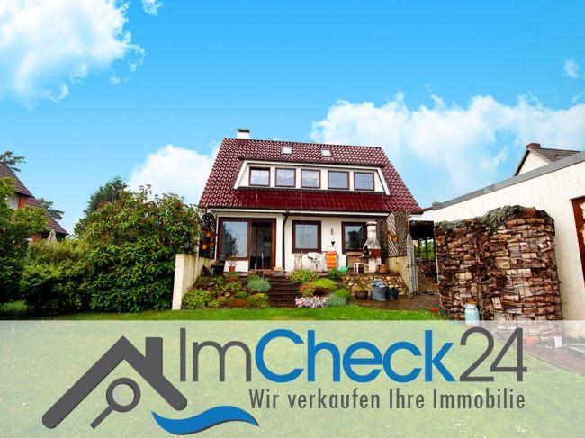 Renovierungsbedürftiges Einfamilienhaus mit 4 Zimmern, großem Garten und einer tollen Aussicht auf umliegende Wiesen.