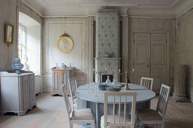 Gustavian Furniture | Photo Classic Swedish Interiors