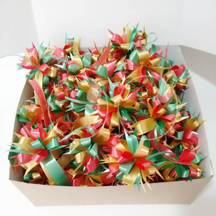 Caja de moños que le entregamos en Navidad a Anahata Reposteria!
