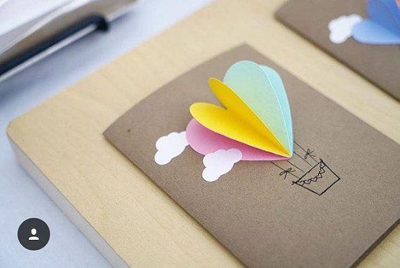 Regenboog hart hete lucht ballon kaart