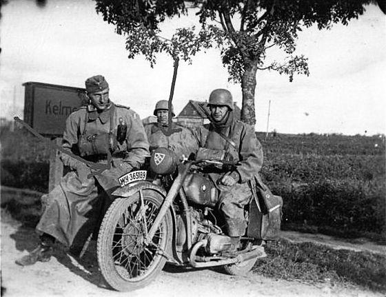 German rider. BMW R 51