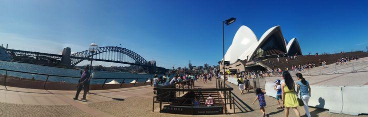 Sydney Opera House with the Sydney Harbour Bridge