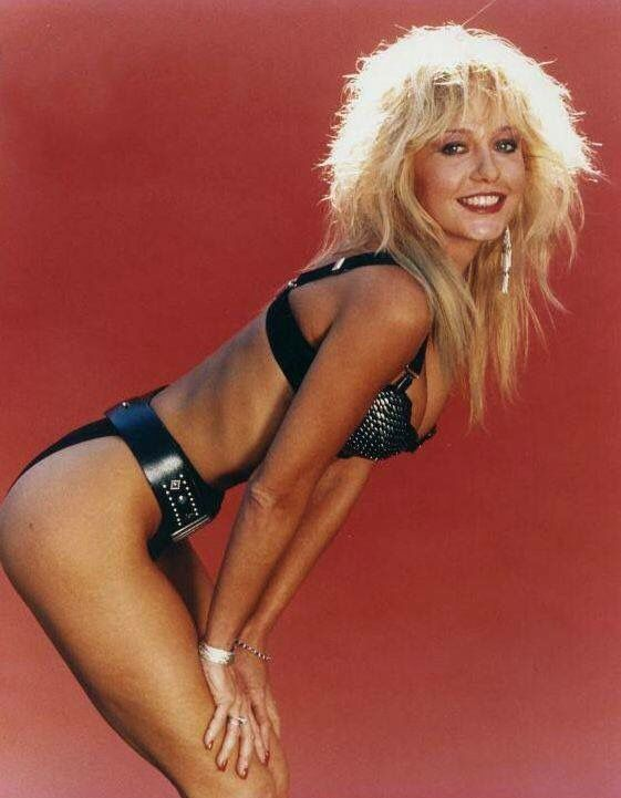 Linnea quigley in curse of the lesbian love goddess 4