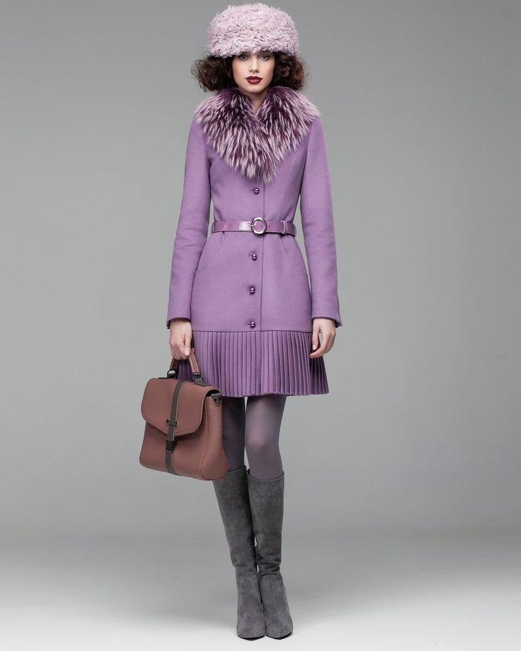 Зимнее пальто цвета лаванды с декоративным плиссе. Модный дом Ekaterina Smolina.