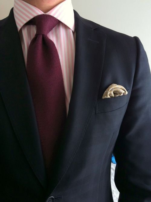 Navy suit pink peach striped shirt burgundy grenadine for Black suit burgundy shirt