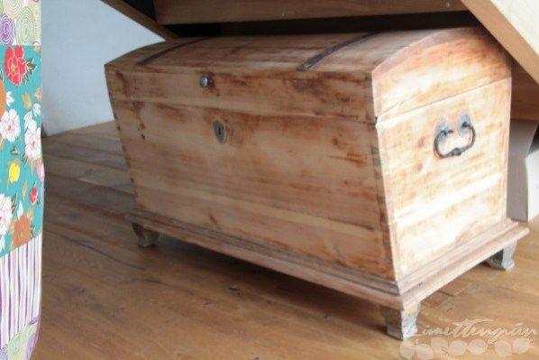 Diy Holztruhe Restaurieren Teil 2 Holztruhe Alte Truhe Alte Holztruhe
