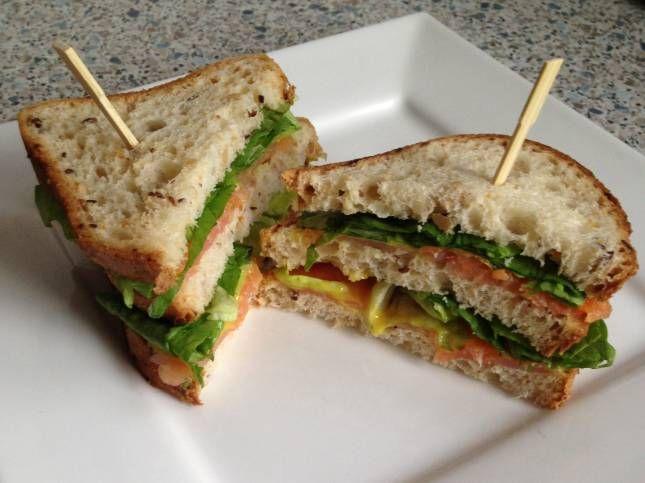 Glutenvrije zalm sandwich.