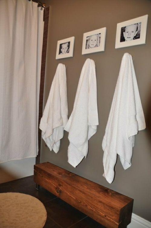 Einrichtungsideen fürs kleine Badezimmer sitzbank holz