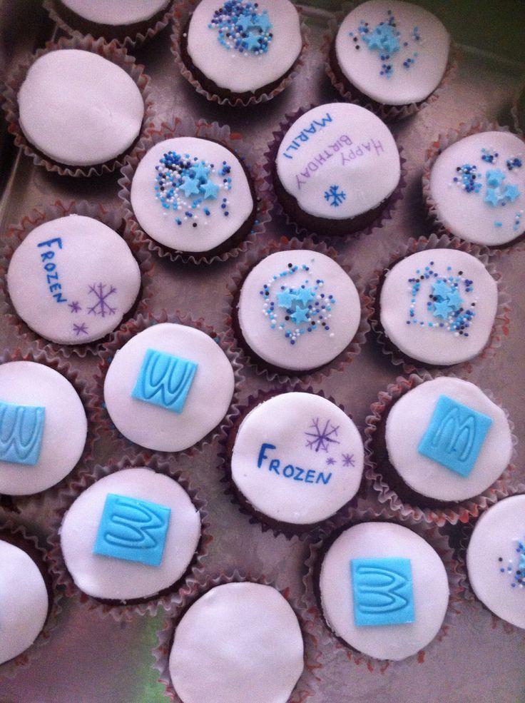 frozen birthday cupcakes