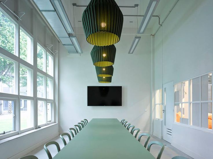 Pleat Suspension 50 by DUM. Meer informatie? info@dockdesignshop.nl #DUM #Pleat #Suspension #Designverlichting #Vergaderen #Hanglampen