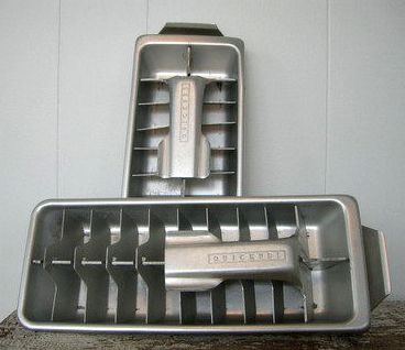 I loved the way the ice cracked when removed from these lever ice cube trays! Back then, no one could have convinced me they'd invent an ice maker.
