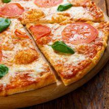 Pizza au picodon et mimolette sur Recettes.net