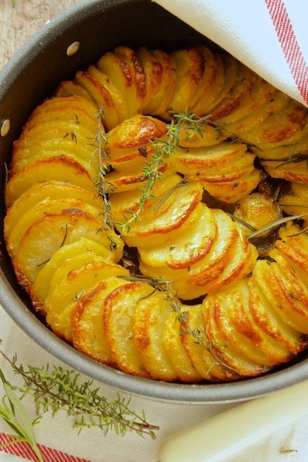 Oggi alla prova del cuoco : Pollo alla cacciatora con teglia di  patate al forno…