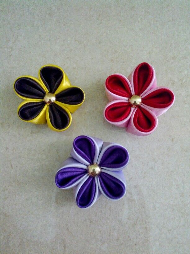 Kanzashi flowers brooch