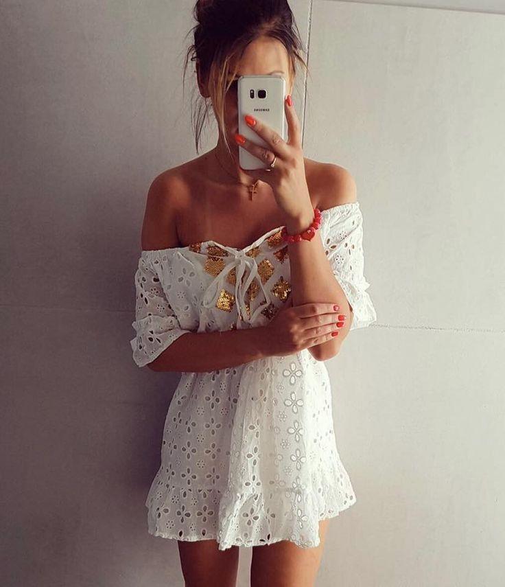 λευκο φορεμα δαντελα