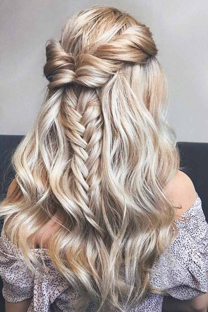 Trendy prom hairstyles for long hair can fit any lady's taste and the desirable look. Our collection of hairstyles offers it all: they are romantic, elegant, intricate and, most importantly, super-amazing. #promhairstylesforlonghair #promhairstyles