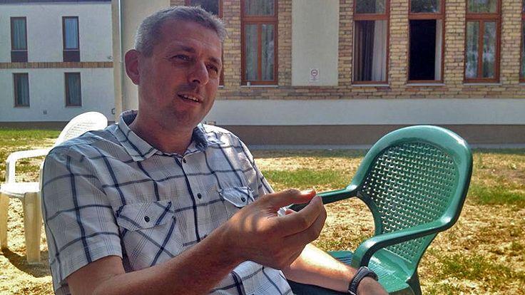 Július 1-én kezdte meg működését a Dr. Farkasinszky Terézia Ifjúsági Drogcentrum Rehabilitációs Részlege Szatymazon.              Az intézet vezetőjével, Arany Zoltánnal beszélgettünk a fiatalkorúak rehabilitációjának hazai helyzetéről, illetve arról, milyen változásokra lenne szükség, hogy a szülők és a...